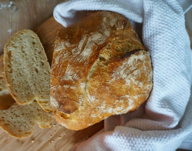 another recipe from Linn => this time for no knead bread