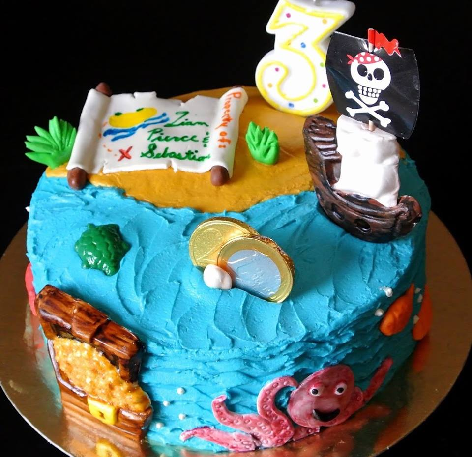 ashely pirate cake